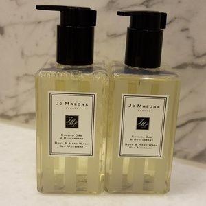 Jo Malone -- English Oak & Redcurrent Hand Wash